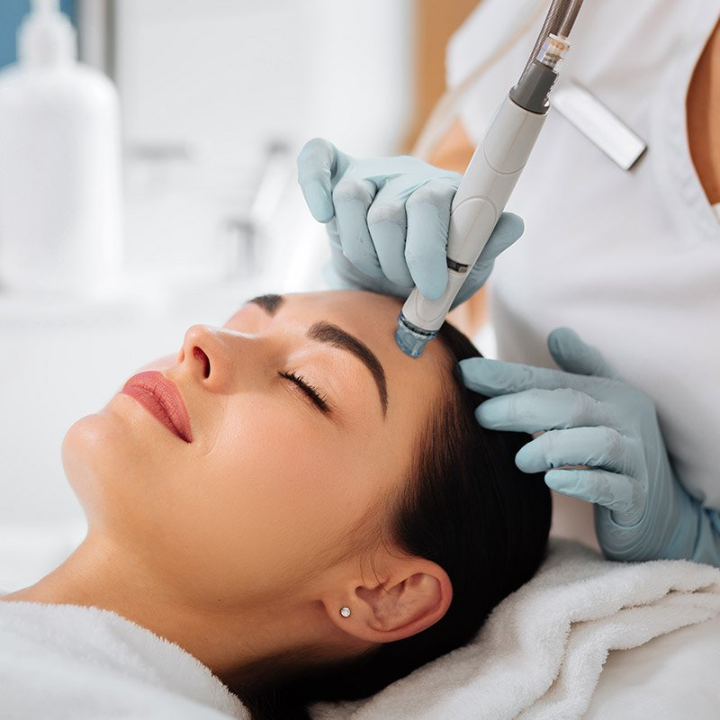 hydrafacials on woman, facial rejuvenation
